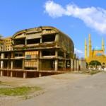 Ausgebombtes Kino als Denkmal