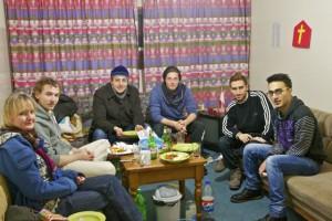 Gesellschaftlicher Salon mit Suppenküche